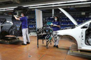 Volkswagen återupptar produktionen den 20 april